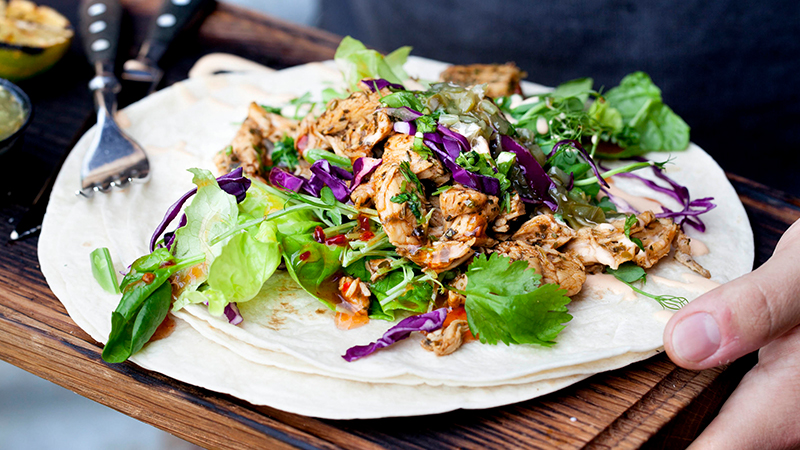 05_ NO_FORKS_tortillas_chicken_braised_in_kaffirlime_leaves_800x450.jpg