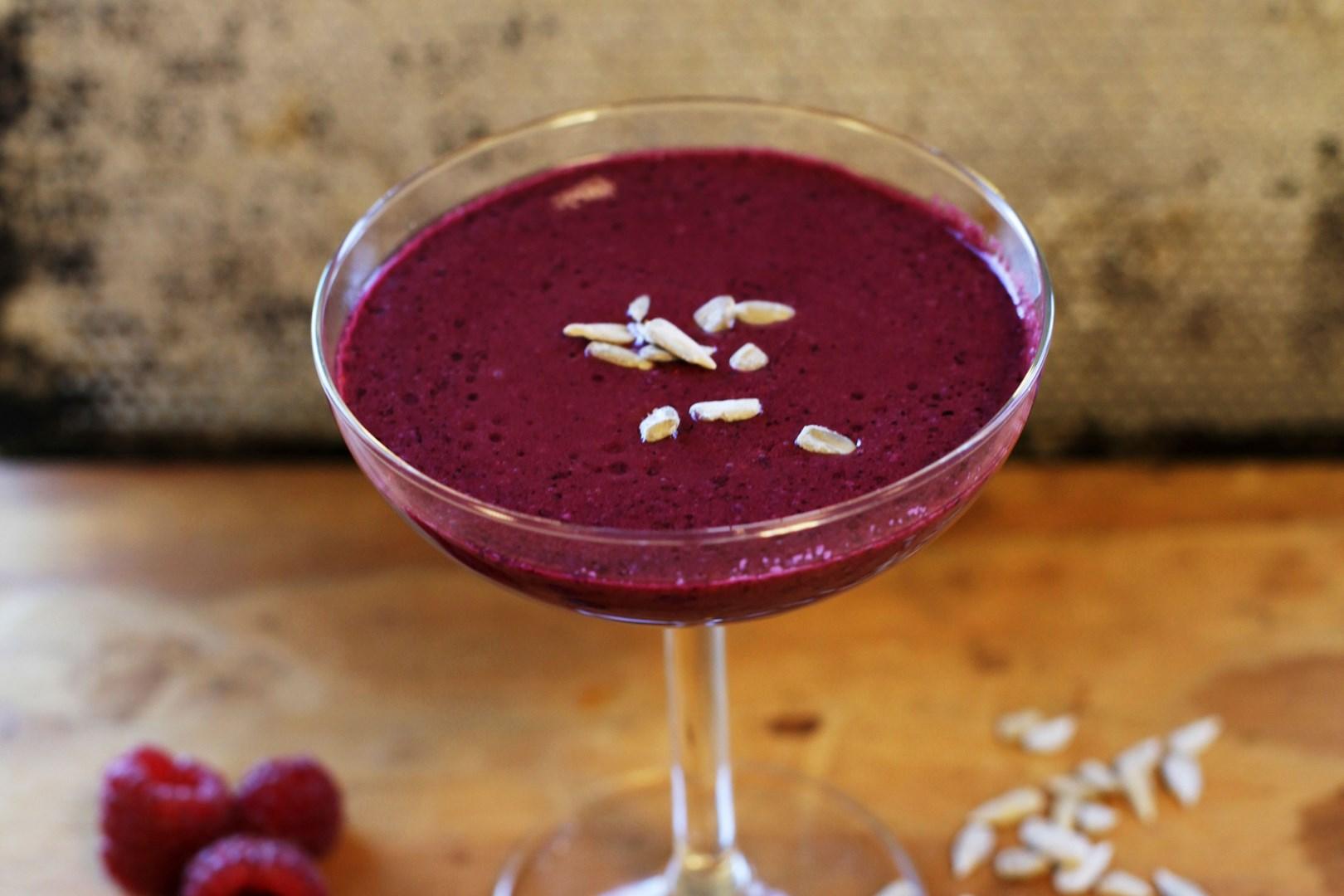 smoothie med hallon och blåbär