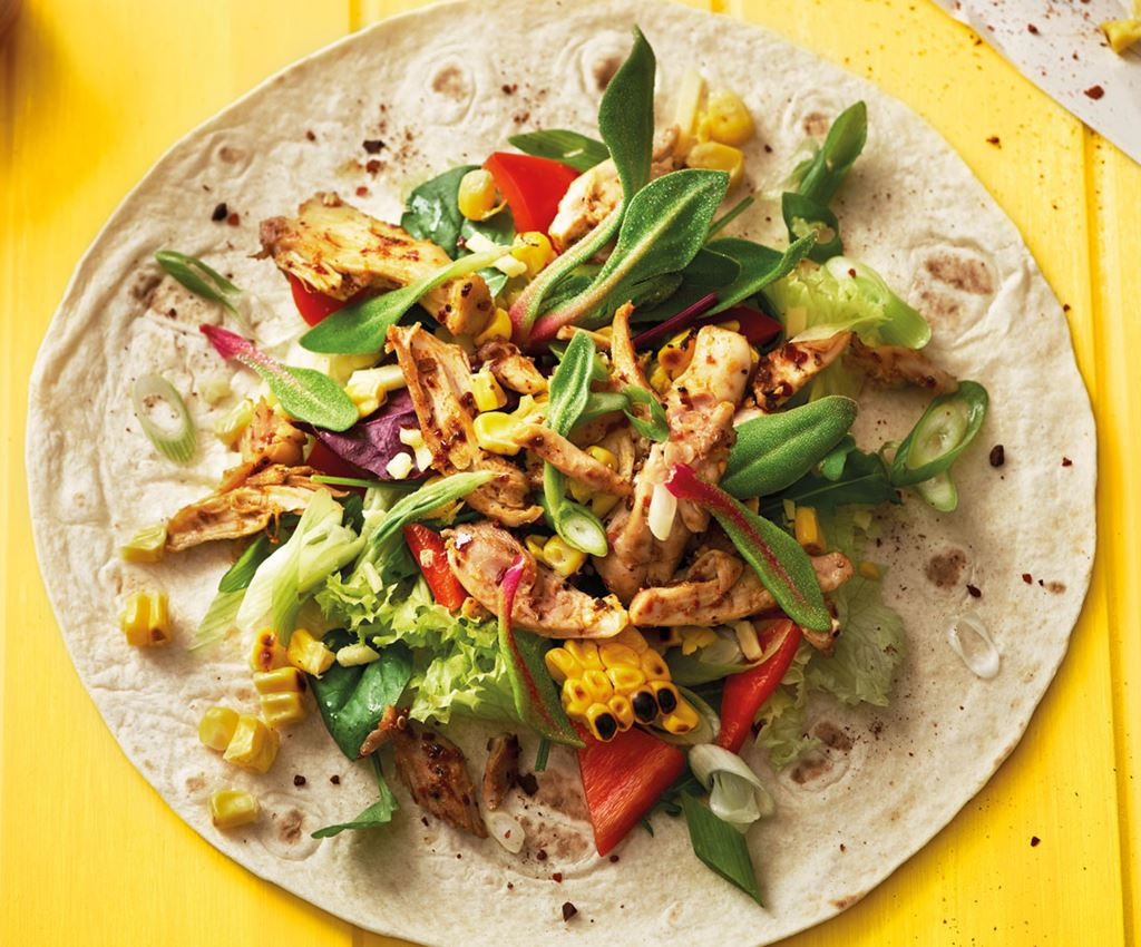 Cajun Chicken Wrap ja Sweetcorn & Hot Salsa